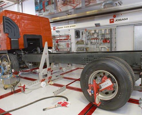 Truck Frame Straightening